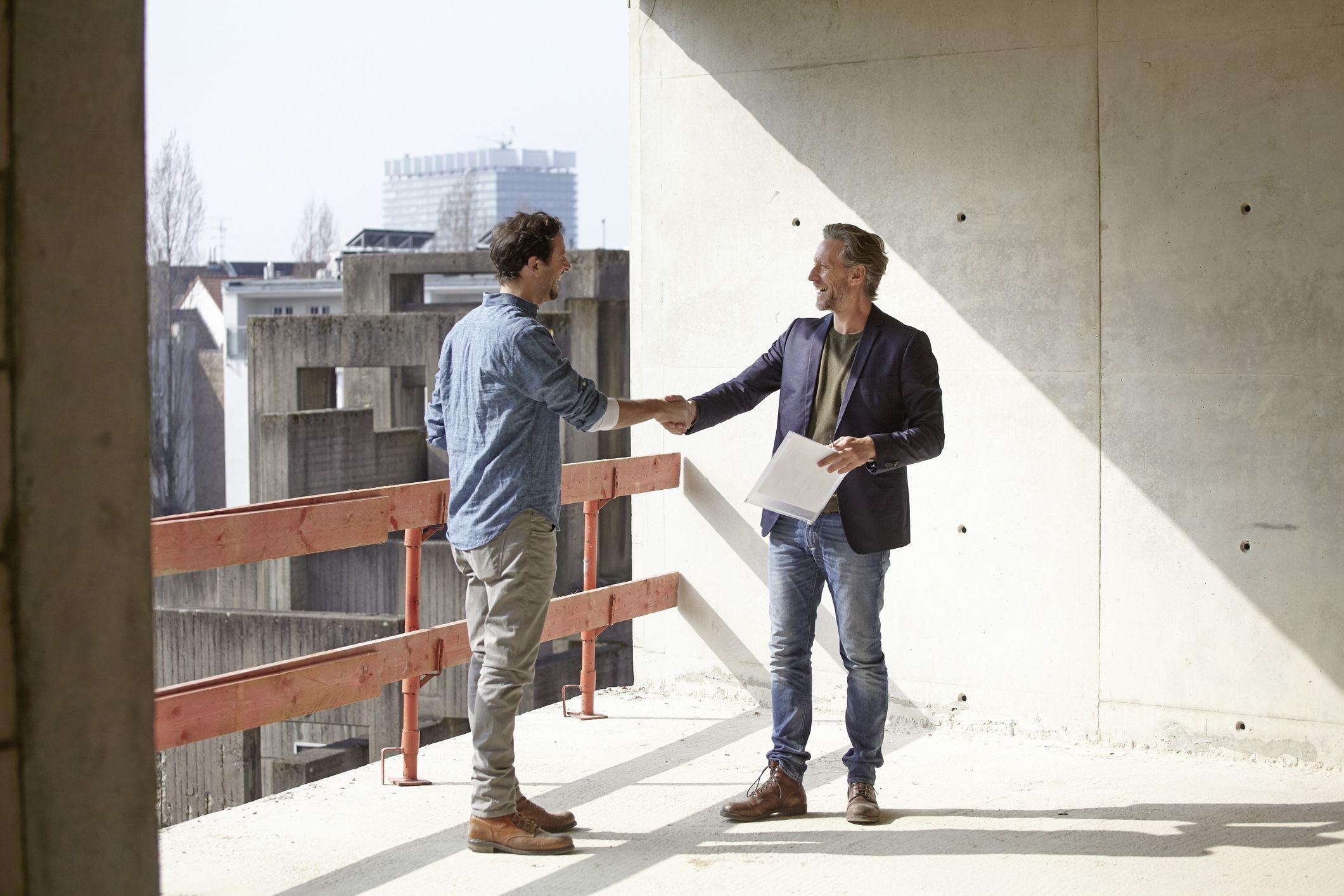 Как договориться о строительных работах по подряду?