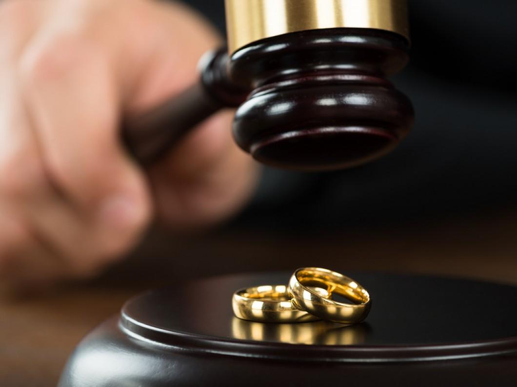 Как проходит процедура развода через суд?