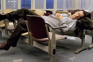 Задержка рейса: как поесть и выспаться за счет авиакомпании